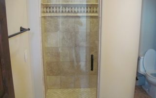 Custom shower tile border